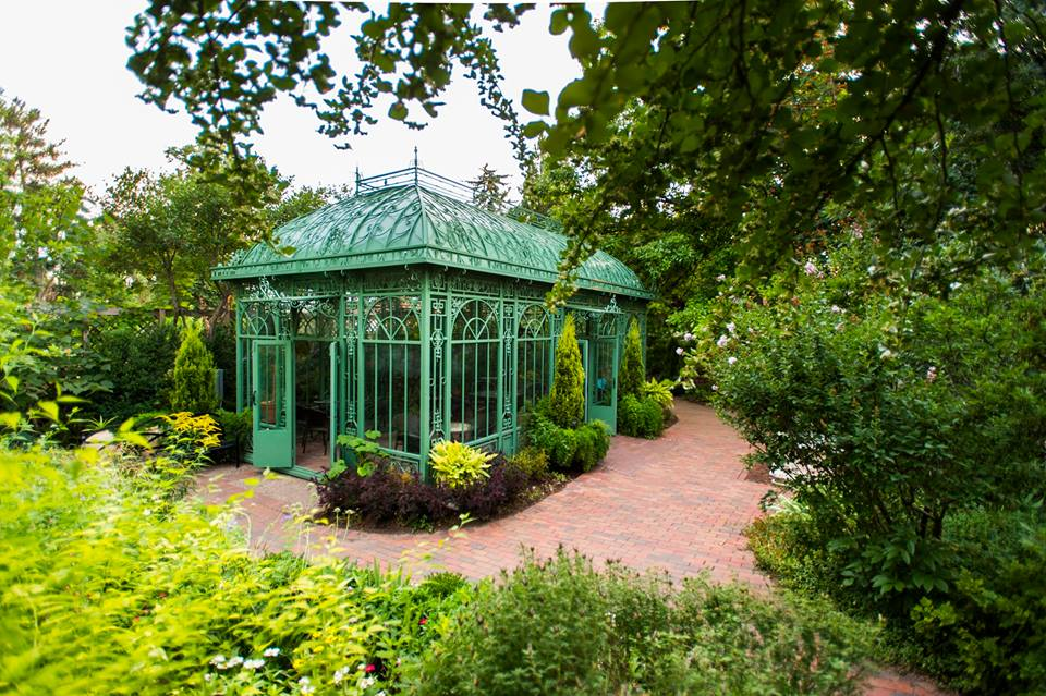 12 Must See Botanical Gardens in the US Industrial