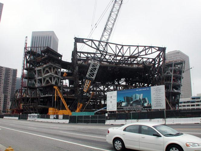 09-disney-concert-hall-under-construction-frank-gehry