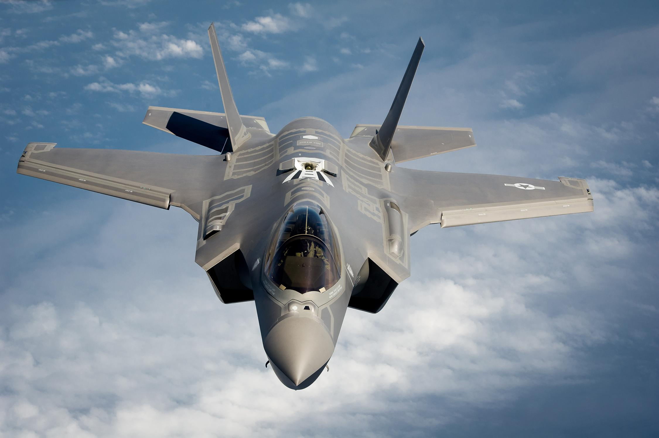 MPC Presents: A Poster Documentary of the Lockheed Martin F-35 ...